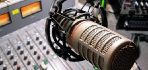 микрофон-300x225