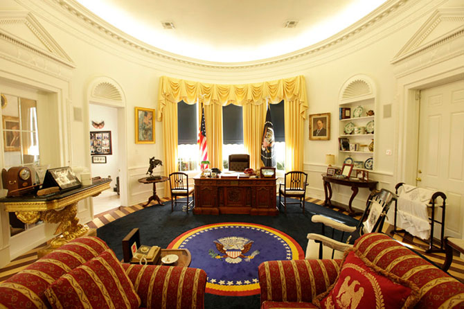 ***EXCLUSIVE***  LONGVIEW, TX - UNDATED: Ron Wade's oval office replica in Longview, Texas, USA.   Presidential memorabilia collector Ron Wade has built an exact replica of the Oval Office in his Texas home. The father-of-two painstakingly recreated the White House's most famous room – costing more than Ј150,000. And Ron's obsession doesn't end there, as he also owns the world's largest collection of presidential memorabilia – squeezed into the family's home.  PHOTOGRAPH BY Jason Janik/ Barcroft USA  UK Office, London. T +44 845 370 2233 W www.barcroftmedia.com  USA Office, New York City. T +1 212 796 2458 W www.barcroftusa.com  Indian Office, Delhi. T +91 11 4053 2429 W www.barcroftindia.com